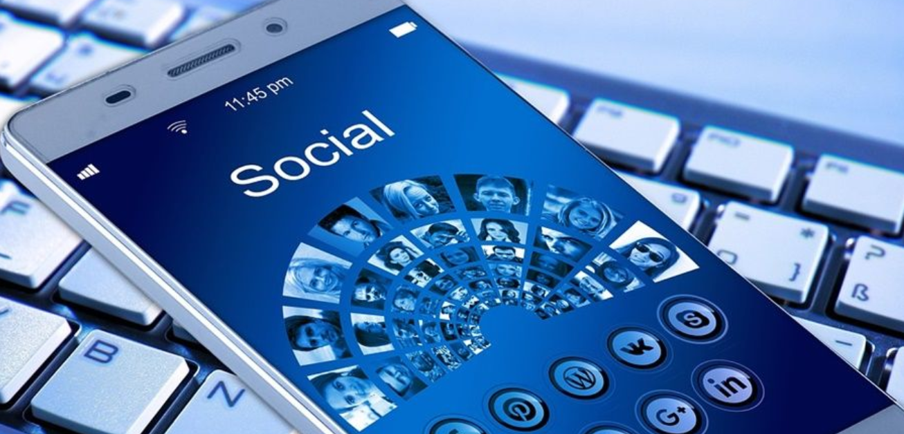 Social media for doctors: tips for attracting patients